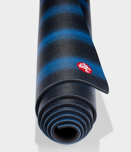 Manduka Almost Perfect PRO Black Blue Colorfields jogos kilimėlis